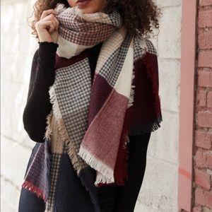 Accessories - Soft! Plaid scarf! ♥️❤️